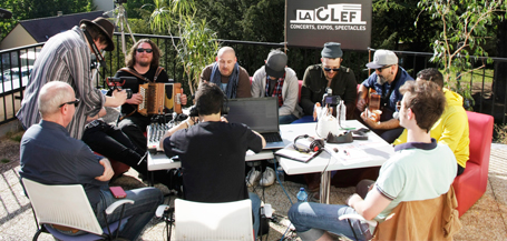 Collectif 13 : interview et live acoustique